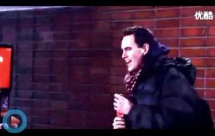 可口可乐圣诞节贩售机:Sing For Me 送可乐