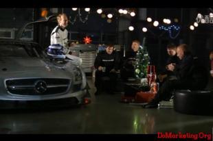 别出心裁!奔驰AMG趣味圣诞节祝福广告