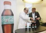 可口可乐推海洋废塑料再生瓶,是个什么鬼?